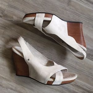 Ugg Australia 'Hazel' Suede Wedge Sandal Size 6.5